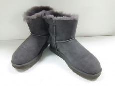 UGG(アグ)のブーツ