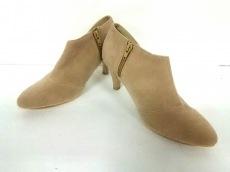 Te chichi(テチチ)のブーツ