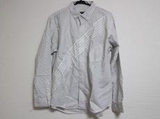 FINAL HOME(ファイナルホーム)のシャツ