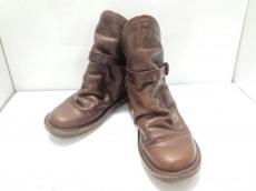 trippen(トリッペン)のブーツ