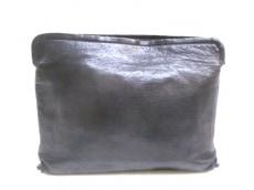 ato(アトウ)のセカンドバッグ