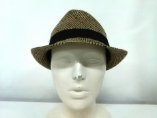 BCBGMAXAZRIA(ビーシービージーマックスアズリア)の帽子