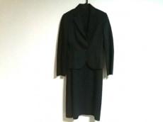 ReFLEcT(リフレクト)のワンピーススーツ