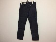 MAISON KITSUNE(メゾンキツネ)のジーンズ