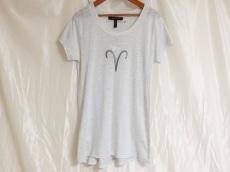 BCBGMAXAZRIA(ビーシービージーマックスアズリア)のTシャツ