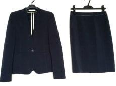 BEIGE(ベイジ)のスカートスーツ