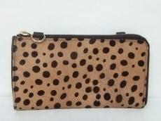 cachecache(カシュカシュ)の長財布