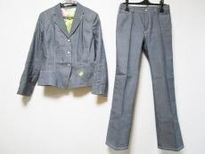 FERAUD(フェロー)のレディースパンツスーツ