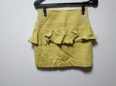 foundation addict(ファンデーションアディクト)のスカート