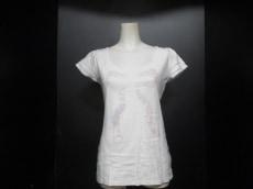 Apuweiser-riche(アプワイザーリッシェ)のTシャツ