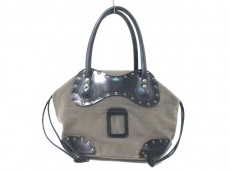 carnet(カルネ)のハンドバッグ