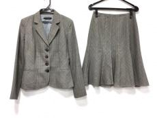 ELIE TAHARI(エリータハリ)のスカートスーツ