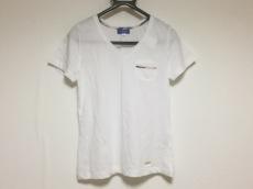 BLUE LABEL CRESTBRIDGE(ブルーレーベルクレストブリッジ)のTシャツ