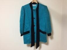 GIVENCHY GLAMOUR(ジバンシー)のコート