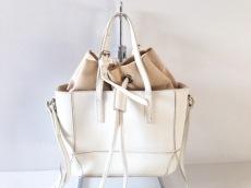 YAHKI(ヤーキ)のハンドバッグ