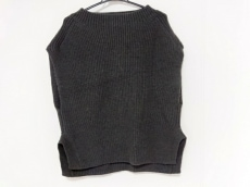 23区(ニジュウサンク)のセーター
