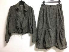 i+mu(イム/センソユニコ)のスカートセットアップ
