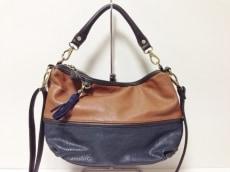 PETITE CLASSE(プティトゥクラッセ)のハンドバッグ