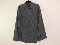 DONNAKARAN(ダナキャラン)のシャツ