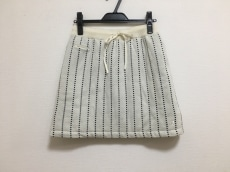 MASTER BUNNY EDITION by PEARLY GATES(マスターバニーエディションバイパーリーゲイツ)のスカート