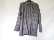 PIERRE BALMAIN(ピエールバルマン)のシャツ