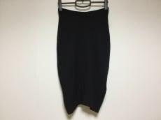 WILLOW(ウィロー)のスカート
