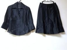 TRUSSARDI(トラサルディー)のスカートセットアップ
