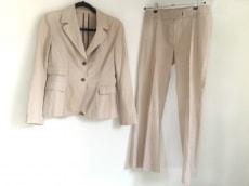TRUSSARDI(トラサルディー)のレディースパンツスーツ