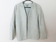 COS(コス)のジャケット