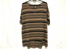 Cloth&Cross(クロス&クロス)のTシャツ