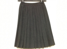 DES PRES(デプレ)のスカート