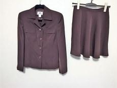 ARMANIEX(アルマーニエクスチェンジ)のスカートスーツ