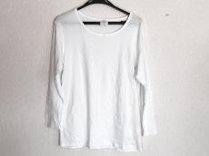 aA(アルファエー)のTシャツ