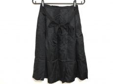 La TOTALITE(ラ トータリテ)のスカート