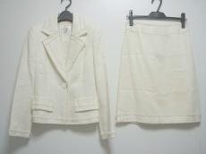 missJ(ミスJ)のスカートスーツ