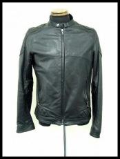 Iroquois(イロコイ)のジャケット