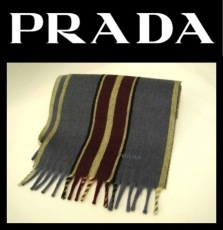 PRADA(プラダ)のマフラー