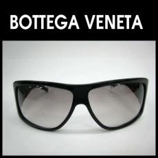 BOTTEGA VENETA(ボッテガヴェネタ)のサングラス