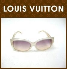 LOUIS VUITTON(ルイヴィトン)のサングラス