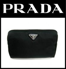 PRADA(プラダ)のポーチ