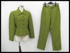 KARLLAGERFELD(カールラガーフェルド)のレディースパンツスーツ