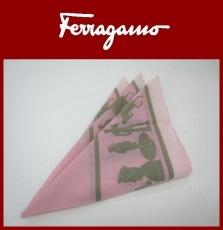 SalvatoreFerragamo(サルバトーレフェラガモ)のハンカチ