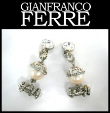 GIANFRANCO FERRE(ジャンフランコフェレ)のイヤリング