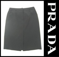 PRADA(プラダ)のパンツ
