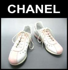 CHANEL(シャネル)のスニーカー