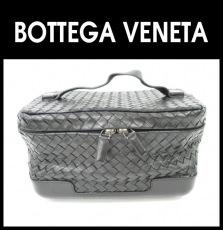BOTTEGA VENETA(ボッテガヴェネタ)のバニティバッグ