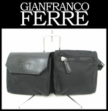 GIANFRANCO FERRE(ジャンフランコフェレ)のウエストポーチ