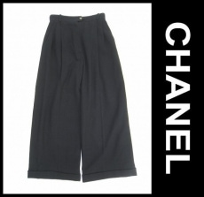 CHANEL(シャネル)のパンツ