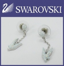 SWAROVSKI(スワロフスキー)のピアス