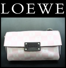 LOEWE(ロエベ)のウエストポーチ